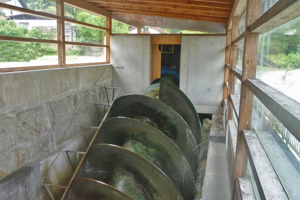 Wasserschnecke am Bergwirtwehr Kiefersfelden - Innenansicht